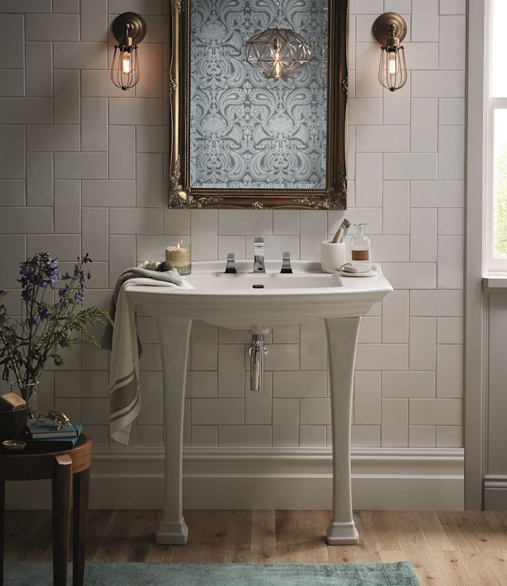 Blenheim console basin Classic style bathroom by Heritage Bathrooms Classic