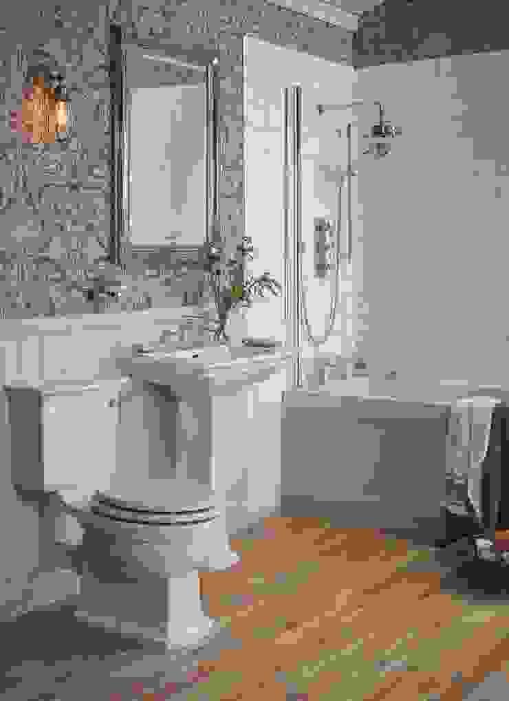 Blenheim suite Baños de estilo clásico de Heritage Bathrooms Clásico