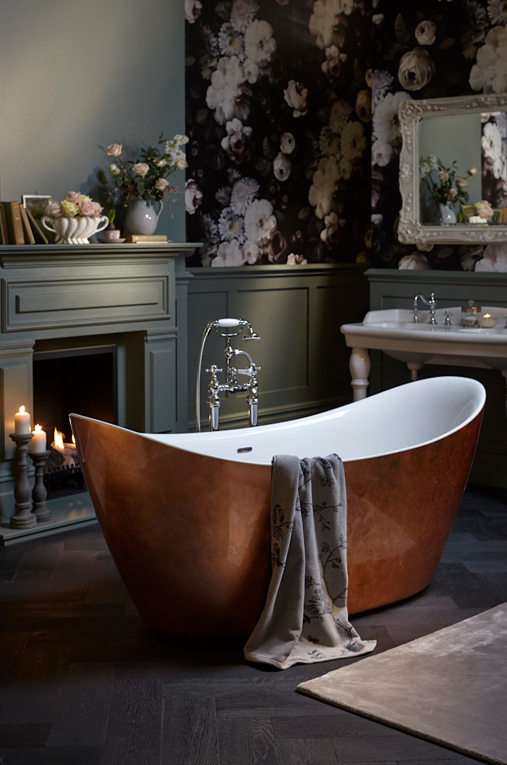 Hylton metallic effect acrylic bath Classic style bathroom by Heritage Bathrooms Classic