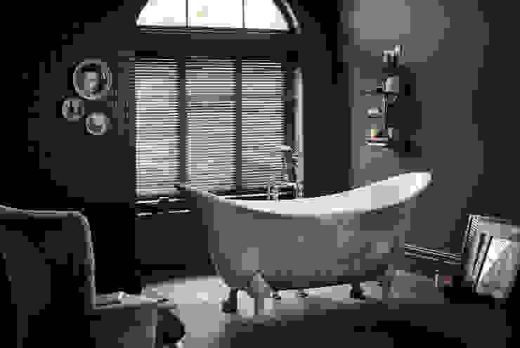 Lyddington metallic effect acrylic bath Classic style bathroom by Heritage Bathrooms Classic