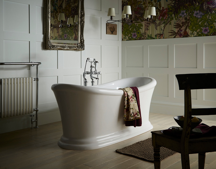 Orford freestanding acrylic bath Classic style bathroom by Heritage Bathrooms Classic