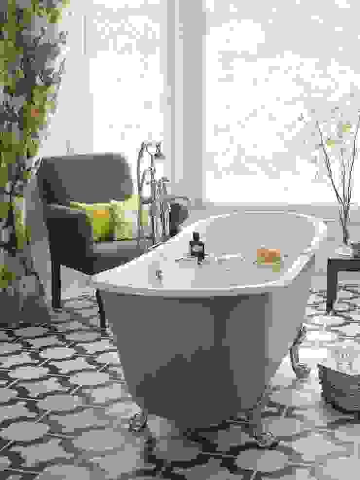 Porto Santo cast iron bath Classic style bathroom by Heritage Bathrooms Classic