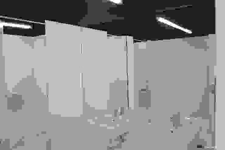 Sovinorte Centros de exhibiciones Vidrio Negro