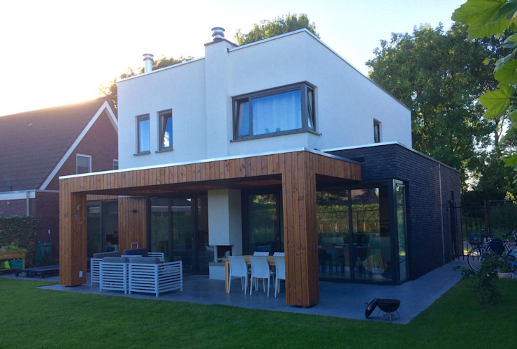 Casas modernas por Nico Dekker Ontwerp & Bouwkunde Moderno Vidro