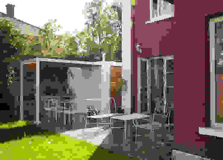 Quincho Jardines de estilo moderno de RENOarq Moderno