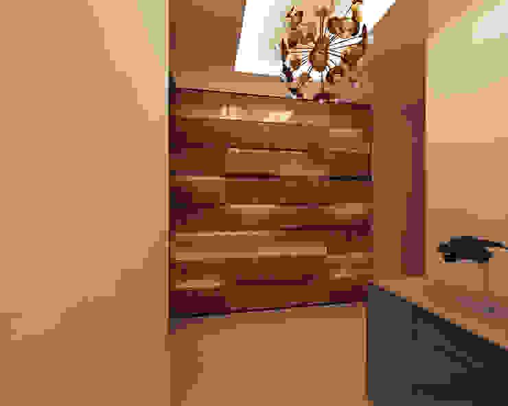 Bishnoi's Residence Pixilo Design Modern corridor, hallway & stairs