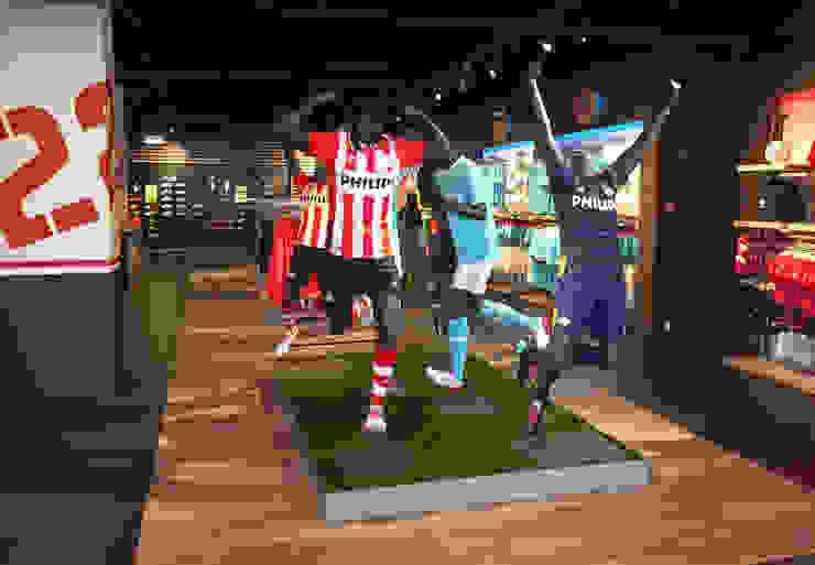 PSV fanstore, Eindhoven Moderne winkelruimten van Bleeker Concepts Modern