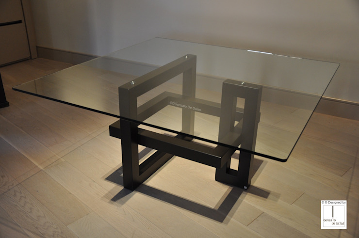IOS - Mesa cuadrada de vidrio de GONZALO DE SALAS Moderno