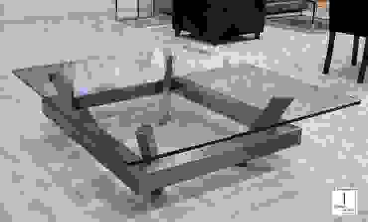 EIMI - Mesa de centro moderna de vidrio de GONZALO DE SALAS Moderno