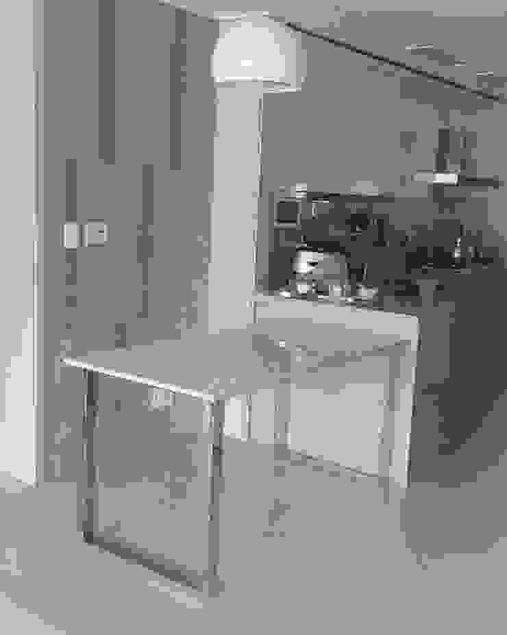 ㅁ형 슬림유광SUS 테이블-비앙코카라라-750x1500,H750mm 모던스타일 다이닝 룸 by MARBLEHOLIC 모던