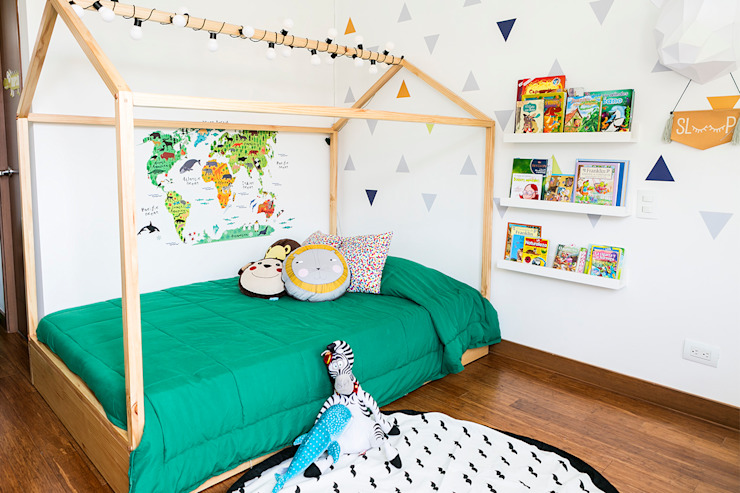 Scandinavian style nursery/kids room by Little One Scandinavian