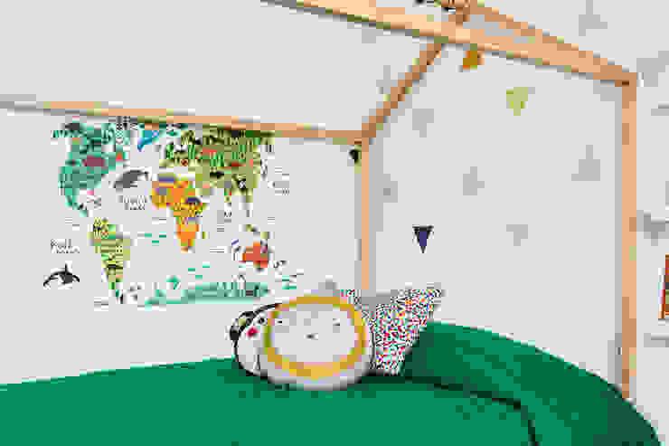 Cuarto de Martín Arango Habitaciones para niños de estilo escandinavo de Little One Escandinavo