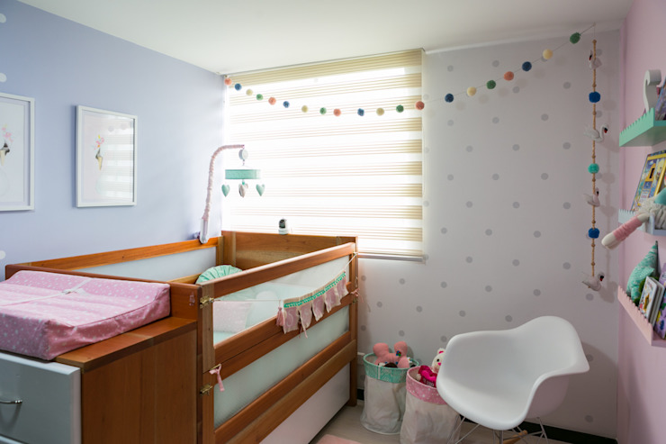 Classic style nursery/kids room by Little One Classic