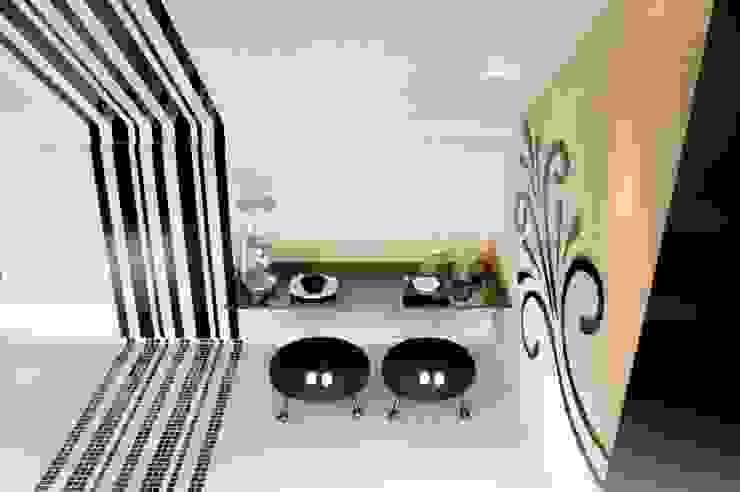 Cuisine moderne par Daniela Sumida Arquitetura Moderne Céramique