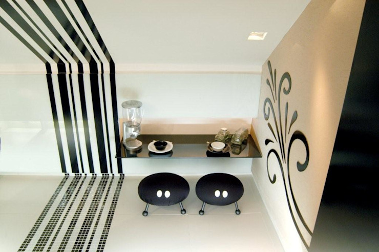 Modern Kitchen by Daniela Sumida Arquitetura Modern Ceramic