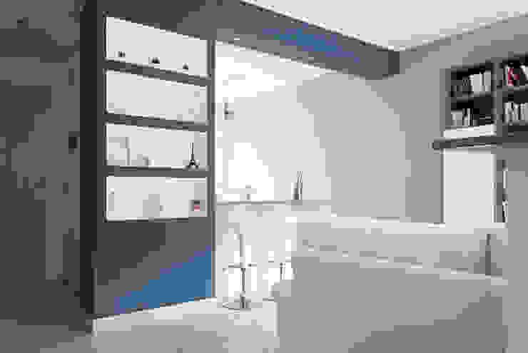 Salas de estilo  por Made with home, Moderno
