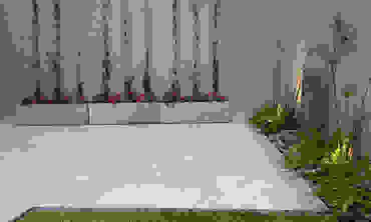Jardines de estilo moderno de Dhena CONSTRUCCION DE JARDINES Moderno