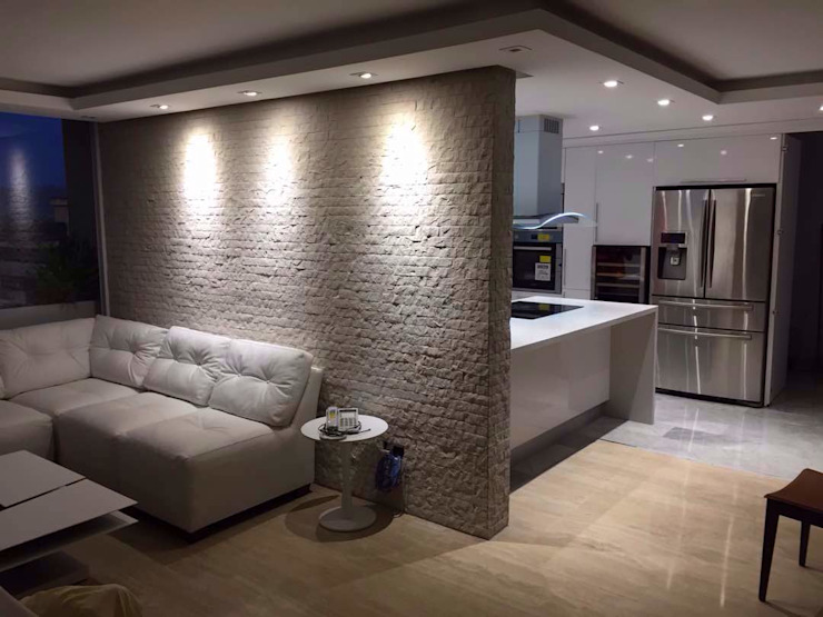 Modern walls & floors by Grupo Madea Modern Stone