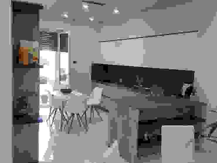 Appartamento Daniele ed Angela Cucina moderna di Studio di Progettazione e Design 'ARCHITÈ' Moderno