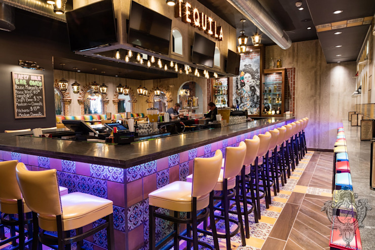 Bar Mediterranean style bars & clubs by Kellie Burke Interiors Mediterranean