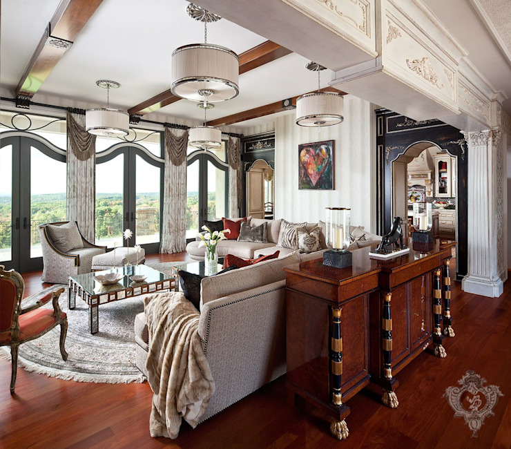 Living room by Kellie Burke Interiors, Classic