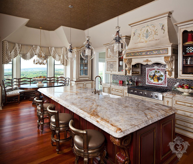 Kitchen by Kellie Burke Interiors, Classic