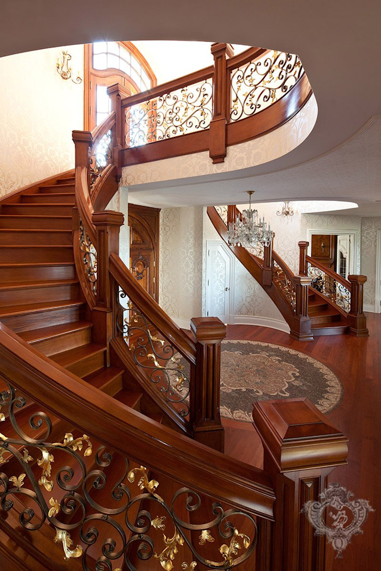 Stairway/ Foyer Classic style corridor, hallway and stairs by Kellie Burke Interiors Classic