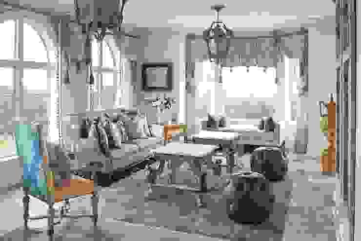 Jardines de invierno de estilo  por Kellie Burke Interiors, Clásico