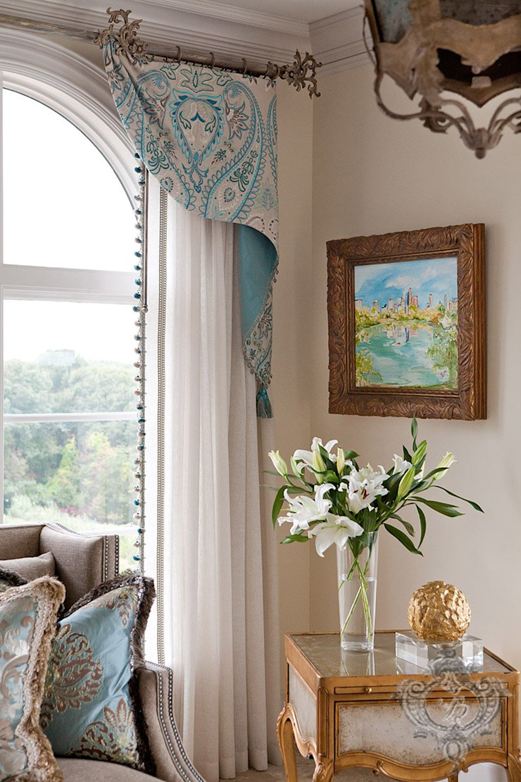Day Room Classic style conservatory by Kellie Burke Interiors Classic