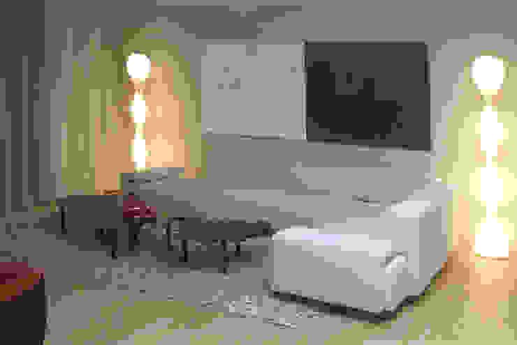Moderno Salas modernas de Claudia Luján Moderno