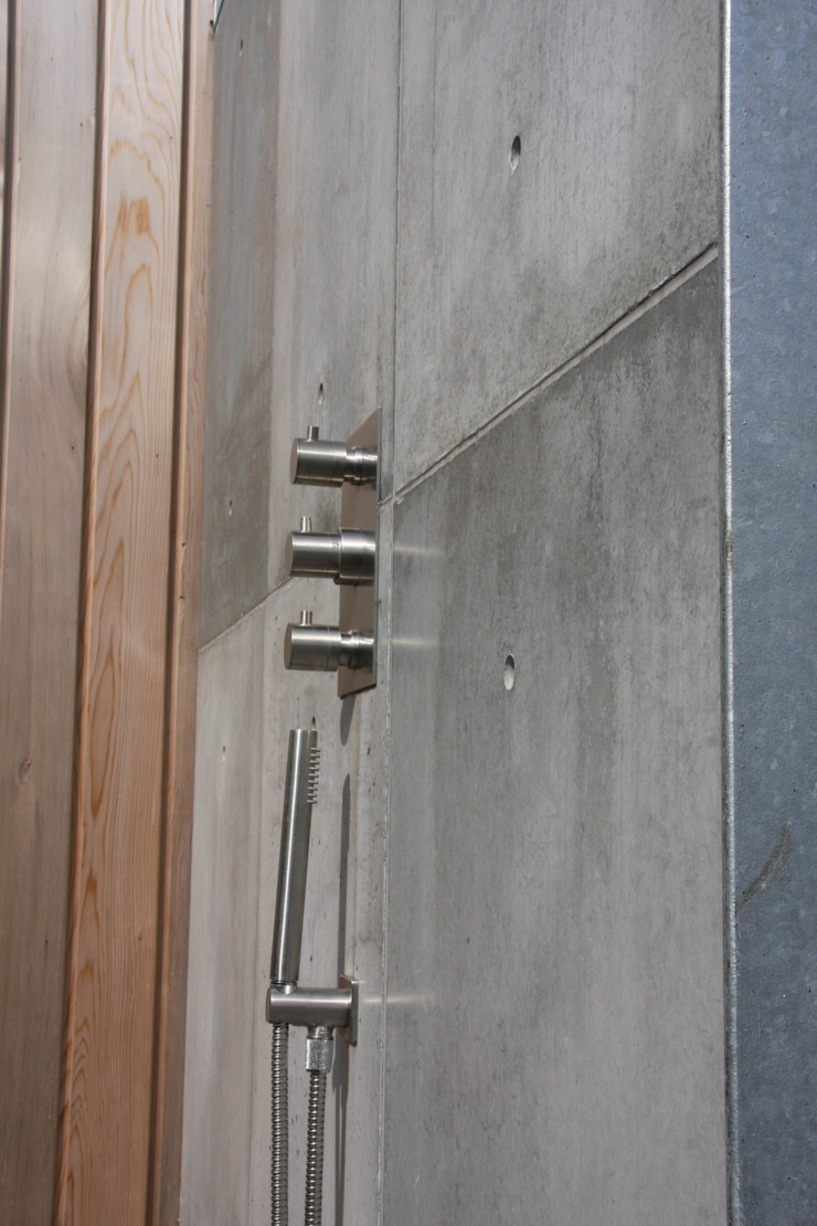 Industrial style bathroom by ConcreetDesign BV Industrial Concrete