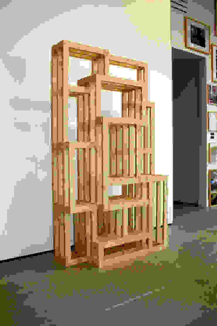 FRAMES: modern  door Studio Gerard de Hoop , Modern Hout Hout