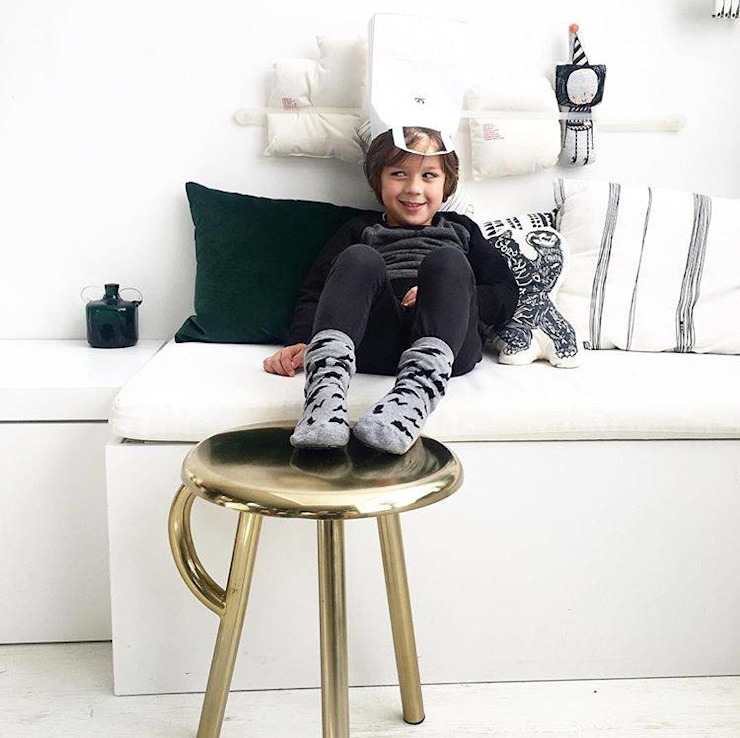 COW HANDLE STOOL: modern  door Studio Gerard de Hoop , Modern Metaal