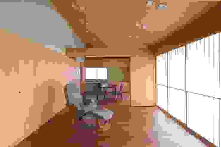 和風住宅リビング 和風デザインの リビング の 株式会社 北島建築設計事務所 和風