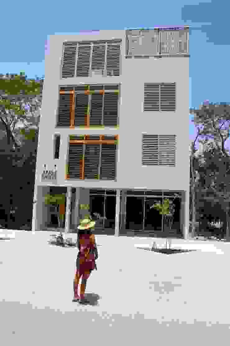 Jungle Breeze by IURO Eclectic Concrete