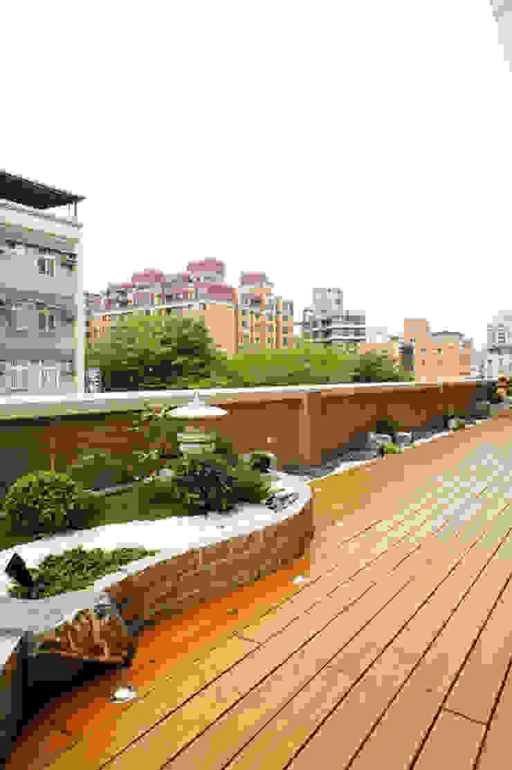 by ISQ 質の木系統家具 Asian