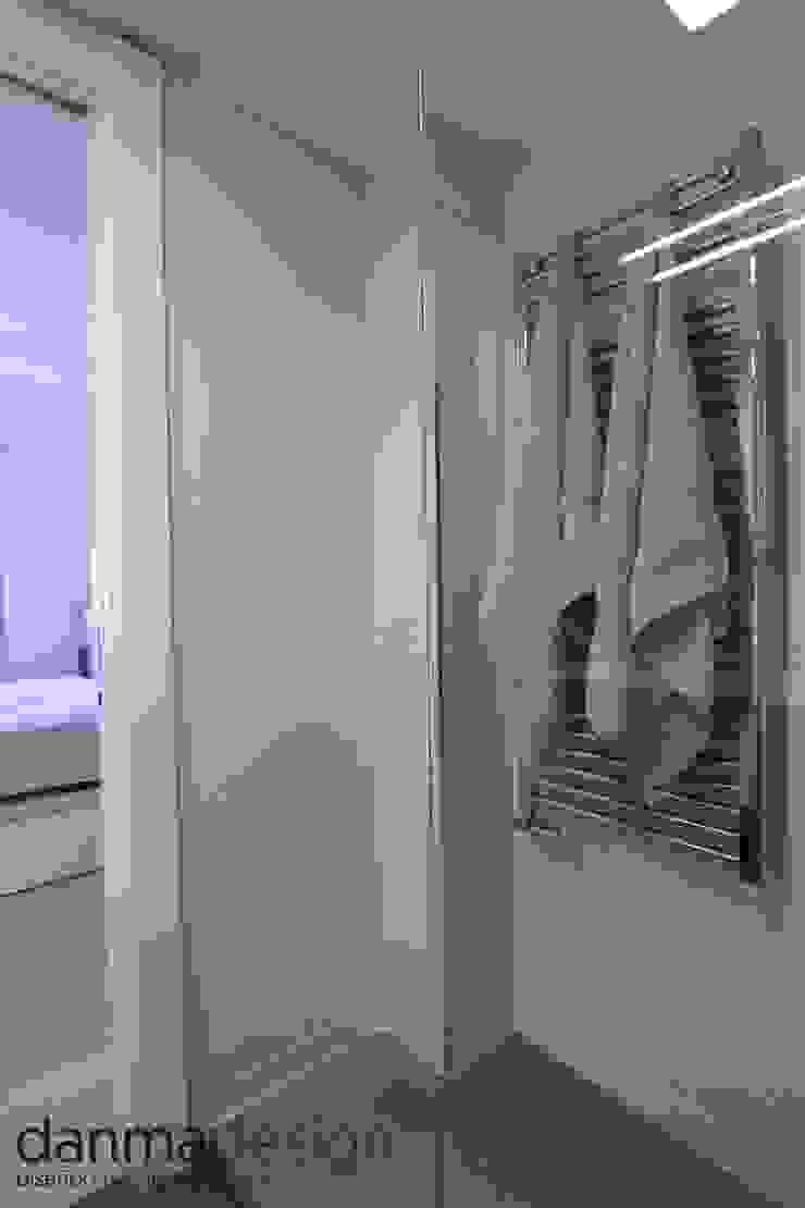 Baño Principal Baños de estilo escandinavo de Danma Design Escandinavo