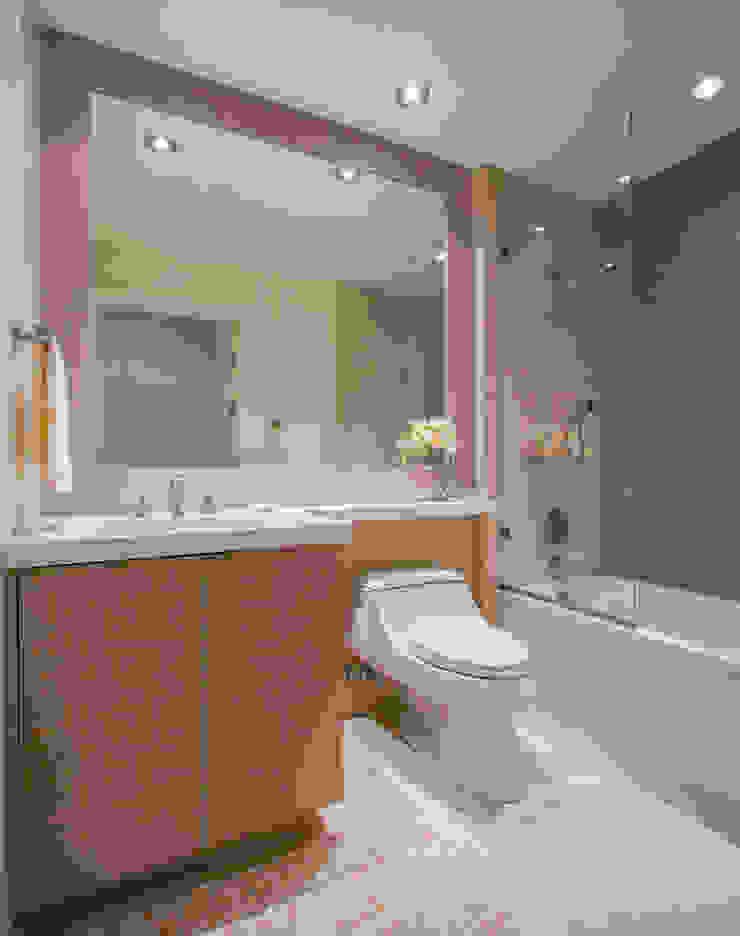 McLean Transitional Modern Bathroom by FORMA Design Inc. Modern