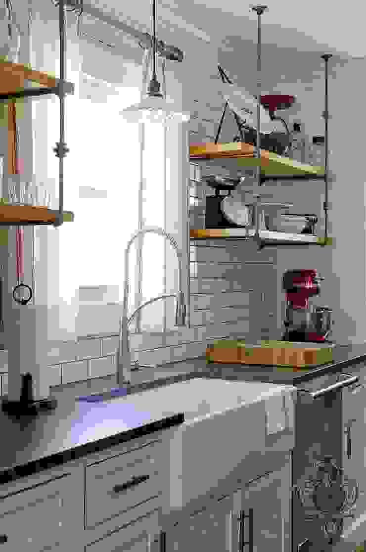Kitchen Sink Industrial style kitchen by Kellie Burke Interiors Industrial
