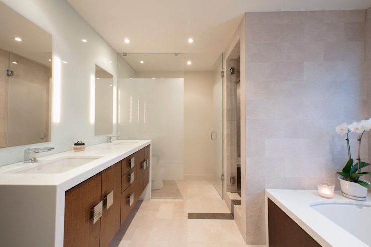 Spring Valley Residence Modern Bathroom by FORMA Design Inc. Modern