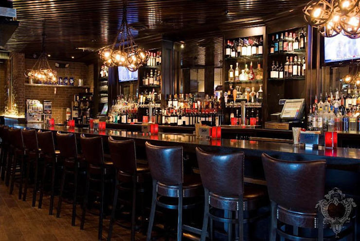 Restaurant Bar by Kellie Burke Interiors Rustic