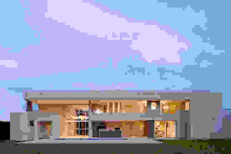 Rumah Modern Oleh Rosset Arquitetura Modern