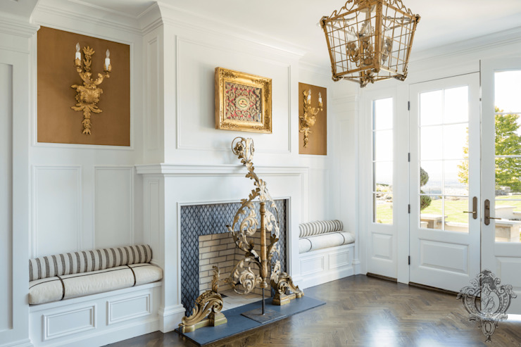 First Floor Foyer Classic style corridor, hallway and stairs by Kellie Burke Interiors Classic