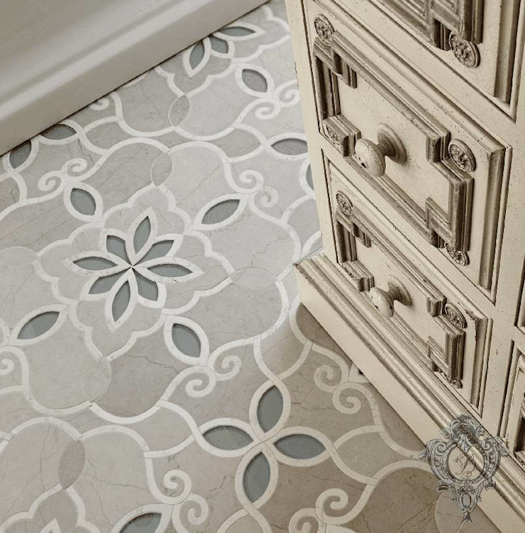 Master Bathroom Tile Detail Classic style bathroom by Kellie Burke Interiors Classic