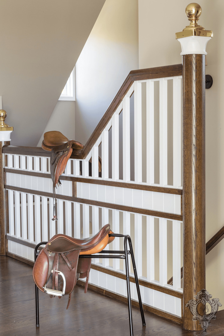 Third Floor Foyer Classic style corridor, hallway and stairs by Kellie Burke Interiors Classic
