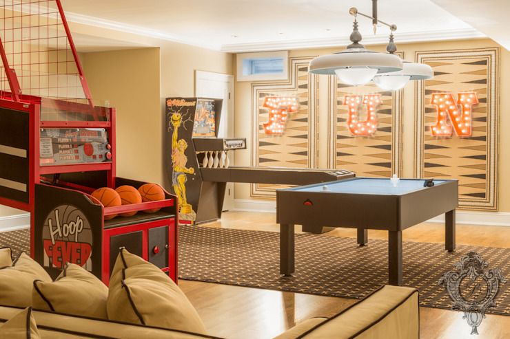 Entertainment Room by Kellie Burke Interiors Classic