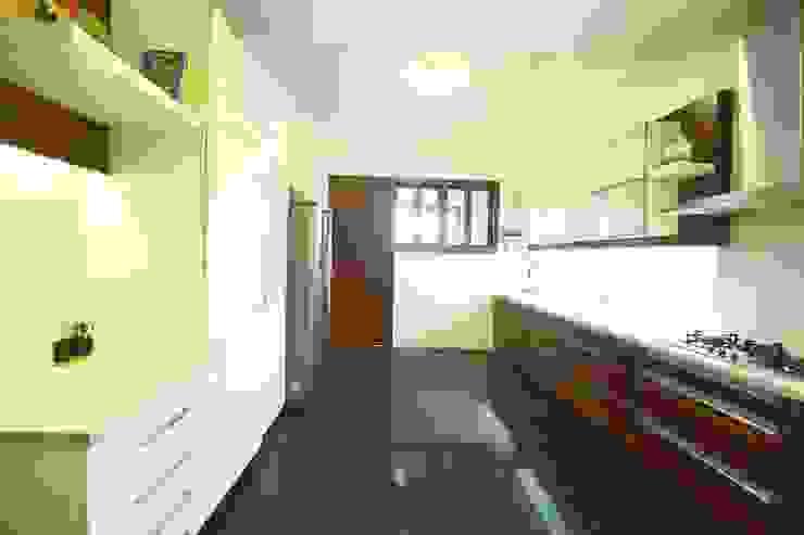 Kitchen Modern kitchen by Space Trend Modern