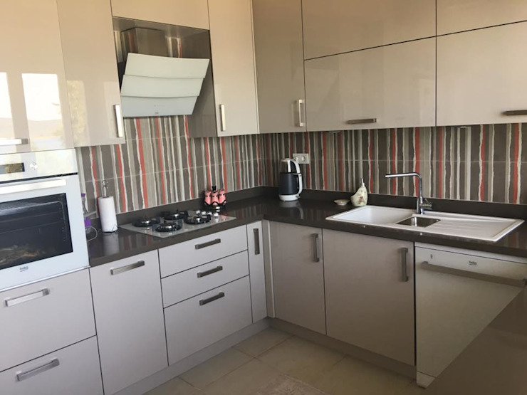Modern kitchen by Ay Mutfak Tasarım LTD.Şti Modern