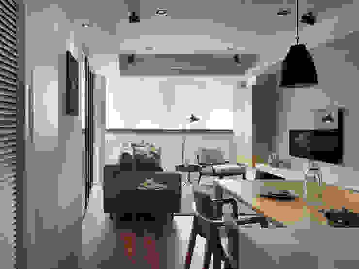 台北市 信義區 林宅 中古屋空間規劃風格重塑 根據 御見設計企業有限公司 現代風