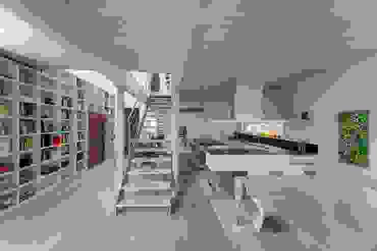 Casa SG Cucina moderna di Studio Ecoarch Moderno